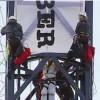 Активисты «Гринпис» устроили протест на кране