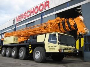 Liebherr LTM 1090 (2)